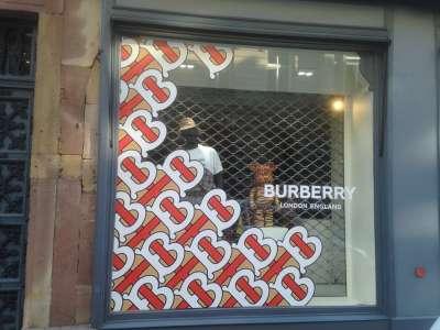 Burberry Stras